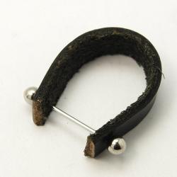 Leder Ring-Schiene, mit Messing-Stift, Schwarz, 10x20 ~ 27 mm, 50x an lager, FR 2.90 pro stk