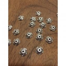 10 stk Perlenkappe 5-fach blütenblatt, 8x2mm, bohrung 1.5mm