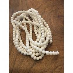 1 strang natürliche weisse Korallen Perlen, gefärbt, 6mm, 1mm bohrung